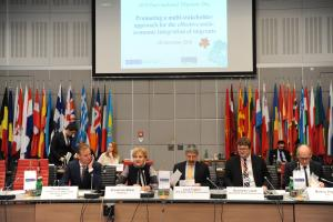 Promoting a multi-stakeholder approach for the effective socio-economic integration of migrants focus of OSCE-hosted discussion on International Migrants Day, 18 December 2018, Vienna. (OSCE/Micky Kroell)