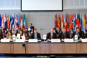 Speakers of the OSCE Forum for Security Co-operation meeting, Vienna, 25 April 2018.  (OSCE/Micky Kroell )