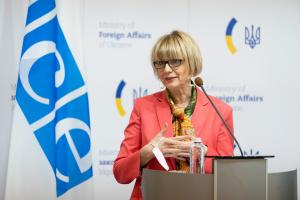 OSCE Secretary General Helga Maria Schmid during her visit to Ukraine, Kyiv, 26 May 2021.  ( OSCE/Evgeniy Maloletka)