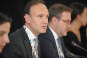 Guglielmo Picchi, Italian Deputy Minister for Foreign Affairs and International Co-operation, gives keynote speech at the opening of the Economic and Environmental Forum in Prague, 5 September 2018.  (OSCE)