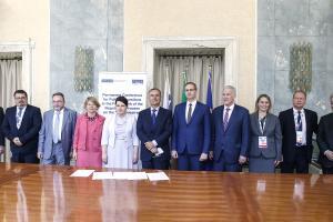 Представители сторон, посредников и наблюдателей во время переговоров по приднестровскому урегулированию в формате 5+2 в Риме, 30 мая 2018. (ОБСЕ)