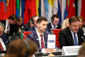 Lukáš Parízek, State Secretary of the Ministry of Foreign and European Affairs of Slovakia, speaking at the opening meeting of the Mediterranean Contact Group, Vienna, 19 March 2018. (OSCE/Salko Agovic)