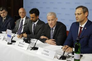 L-r: Gheorghe Balan, Political Representative for Moldova; Cord Meier-Klodt, Special Representative of the OSCE Chairperson-in-Office; Shiv Sharma, Acting Deputy Spokesperson of the OSCE; Michael Scanlan, Head of the OSCE Mission to Moldova; and Vitaly Ignatiev, Political Representative for Transdniestria, at a press conference following formal 5+2 talks, Berlin, 3 June 2016. (OSCE/Liubomir Turcanu)