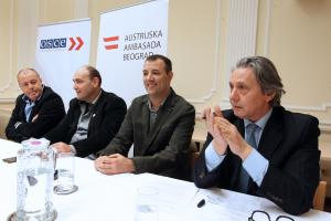 Journalists Mustafa Nano and Zoran Panovic address diplomats, journalists and students at the panel discussion organized by the Austrian embassy during Nano's visit to Belgrade in December 2017. (OSCE/Milan Obradovic)