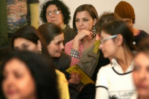 Roma women actively participating in OSCE-supported campaign, 7 March 2012. (OSCE/Milan Obradovic)
