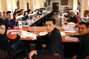 The Model OSCE aims to be a creative and interesting way to promote shared values among the participants and develop their ability to participate in decision-making processes, Khoja Obigarm, 25 March 2018.  (OSCE/Sukhrob Nurudinov)