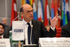 Angelino Alfano, OSCE Chairperson-in-Office, Italy's Minister of Foreign Affairs addressing the OSCE Permanent Council, Vienna, 11 January 2018. (OSCE/Micky Kroell)