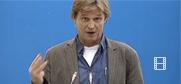 Запрошений ОБСЄ експерт Мікаель Фрайенштайн, Німеччина, виступає на семінарі «Відкритої розмови»
