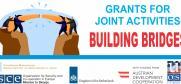 Фондот Градиме мостови поддржан од ОБСЕ продолжува оваа година со отворен повик за грантови за учениците, наставниците и училиштата кои планираат да организираат заеднички активности со ученици од сите заедници и различни наставни јазици.