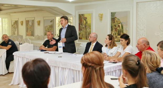 The service providers from the left bank of the Dniester/Nistru River and  Gagauzia learn from the unique experience of the Drochia Centre, which has pioneered working with both domestic violence perpetrators and survivors.
